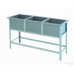 Моечная ванна сварная трехсекционная ВСМ-3/700